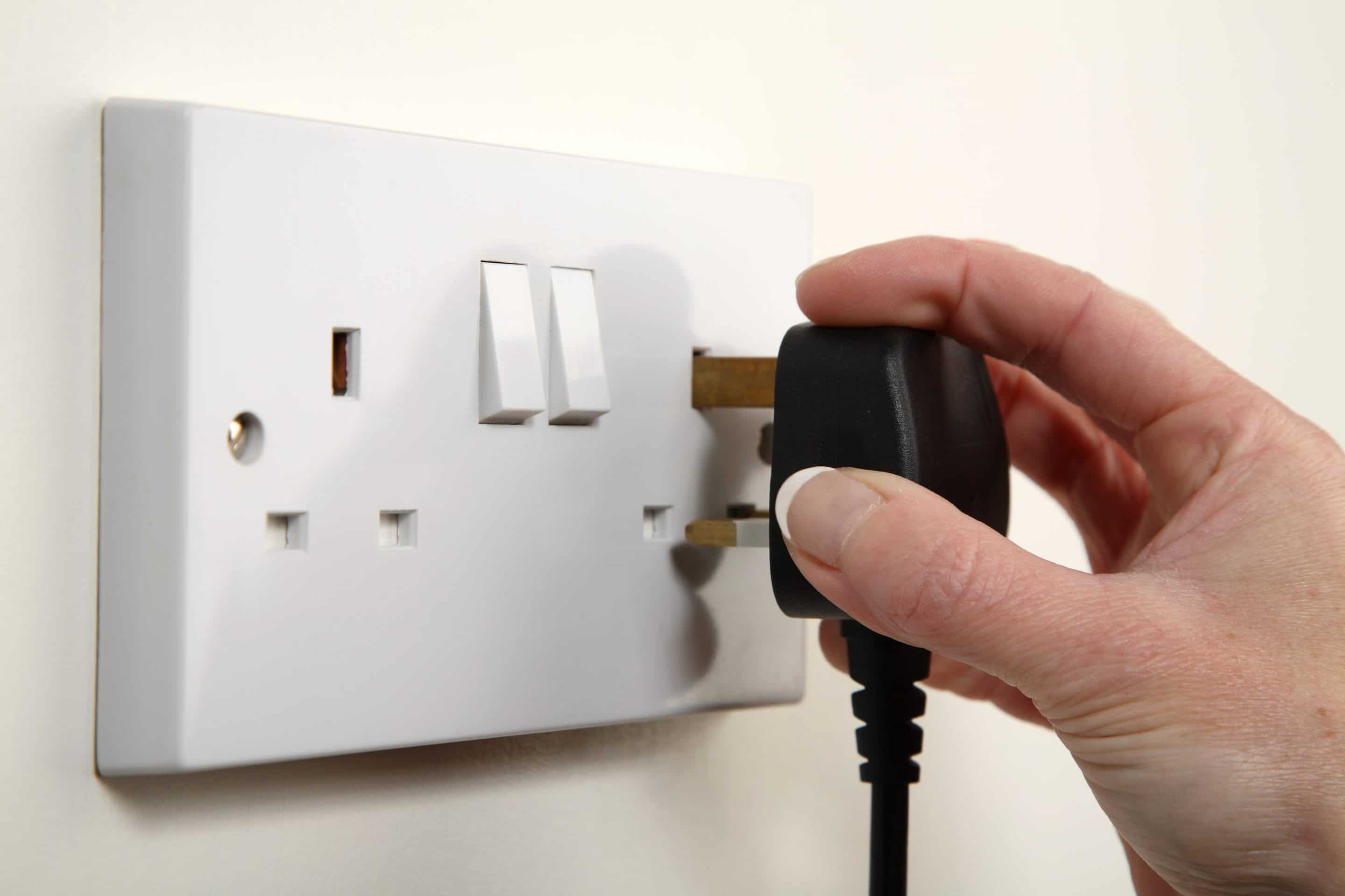 Electrician Portishead Clevedon Nailsea Bristol 01275 848955 House Wiring Job Description We At Port Marine Are Experts Handling Any Size Of Re Both First And Second Fix Quickly Efficiently An Affordable Price